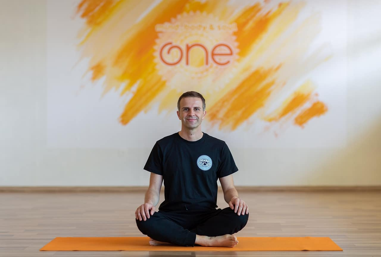Studio One Damir Božinović Yoga Škola
