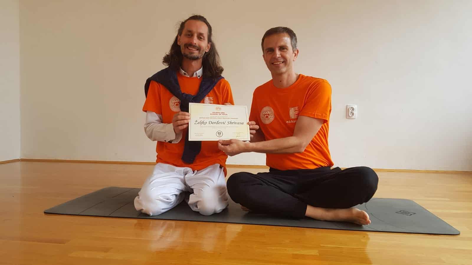 Yoga škola Rijeka iskustvo